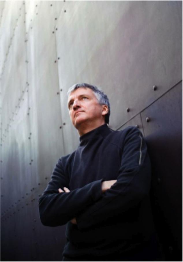 Olfactory artist Ralf Schwieger