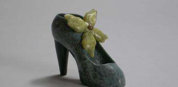 Jamasie Pitseolak: High Heel Shoe, 2011