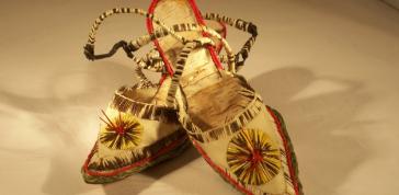 Teresa marshall: Walk a Smile in My Shoes, aka Bitch Bark Shoes, 2012