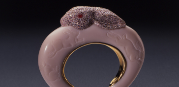 Bunny Bangle, 1988-1992: Bakelite, pure gold, pink diamonds, rubies 3 x 4 x 1 in. (7.6 x 10.2 x 2.5 cm)  Private Collection. Photo: John Bigelow Taylor