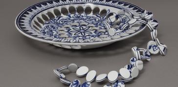 Kitchen Necklace, 2008: Gésine Hackenberg; Belgian earthenware plate, polyamide thread; Gift of Jane Korman, 2008, Photo by Matthew Cox