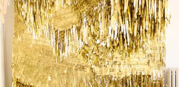 CONFETTISYSTEM; Gold Wall, 2010: Metallic foil, canvas, Photo: CONFETTISYSTEM