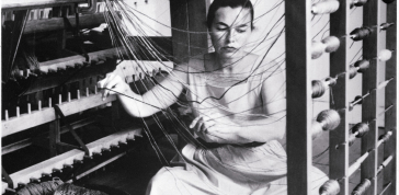 Lenore Tawney in her Coenties Slip studio, New York, 1958.: Courtesy of Lenore G. Tawney Foundation; Photo by David Attie
