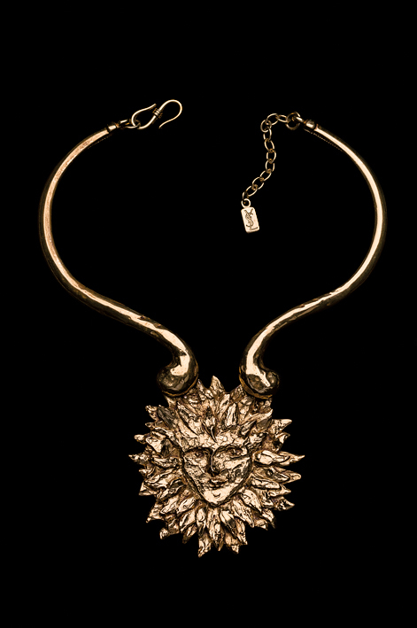Yves Saint Laurent (circa 1980s), United States: Face torque necklace. Gold plated. Signed YSL. © Pablo Esteva